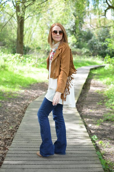 short brown fringe jacket white chiffon shift dress