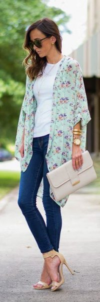 white floral chiffon cardigan white t shirt blue skinny jeans