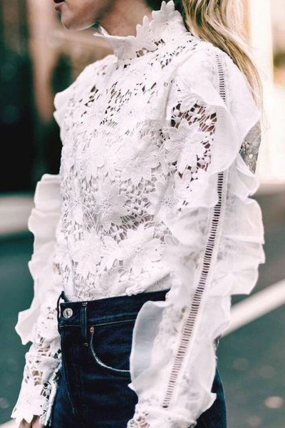 white lace ruffle blouse dark blue skinny jeans