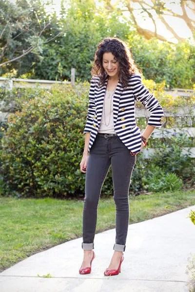 black and white striped blazer dark grey skinny jeans