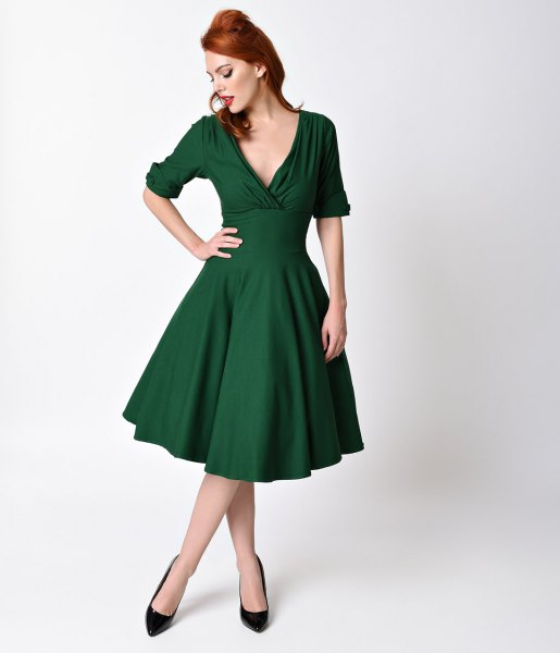 dark green deep v neck 1950s style swing dress