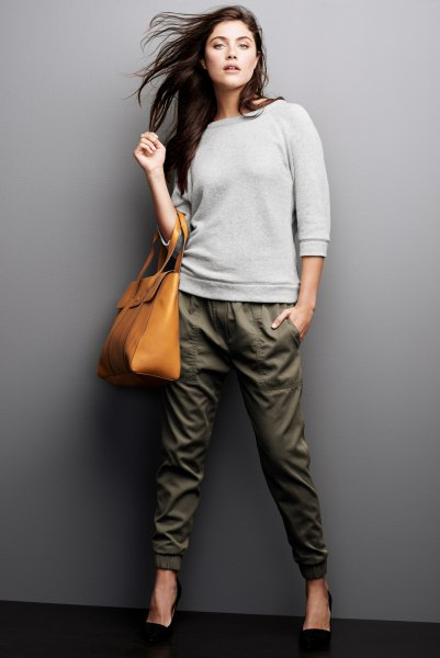 grey sweatshirt army green tapered leg ankle pants