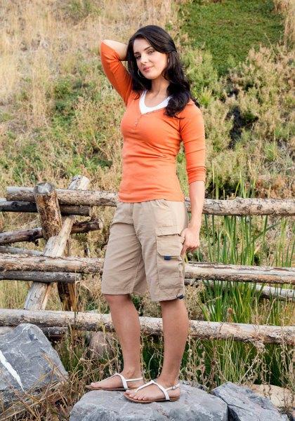 orange half sleeve form fitting t shirt long cargo shorts