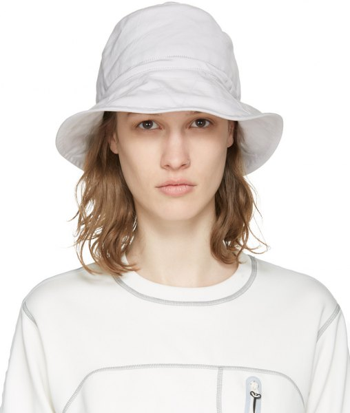 white bucket hat with sweatshirt boyfriend jeans
