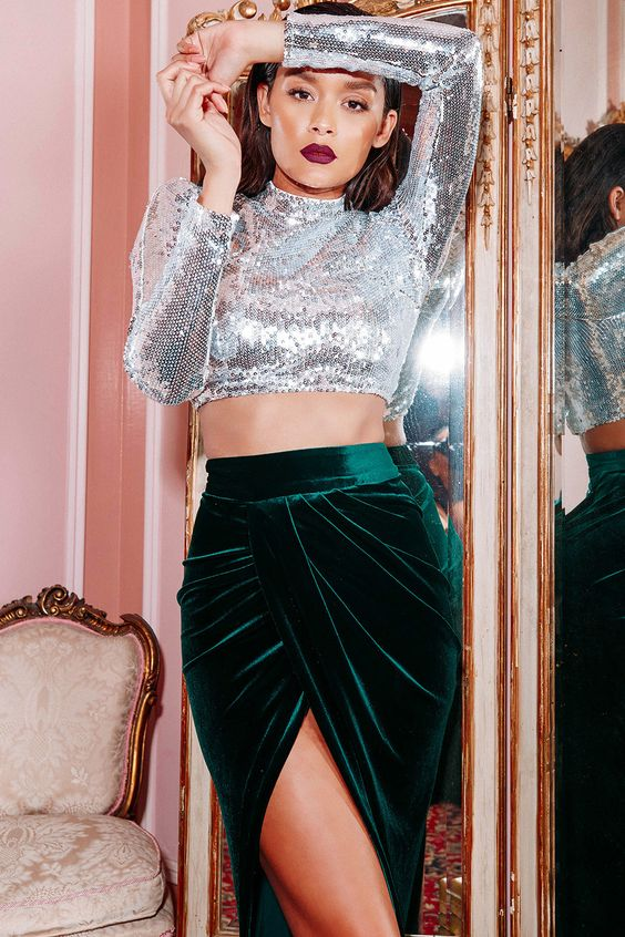 sequined crop top velvet