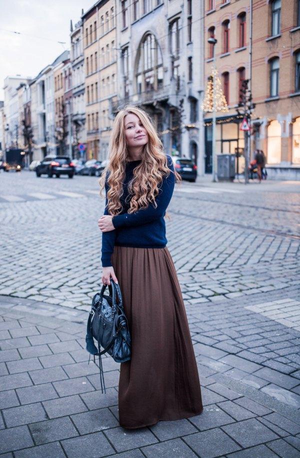 best long khaki skirt outfit ideas