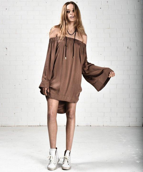 f1f3a112c106 How to Wear Bronze Dress  15 Elegant Outfit Ideas - FMag.com