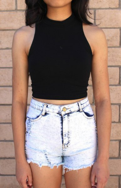 black crop tank with light blue washed skinny jeans