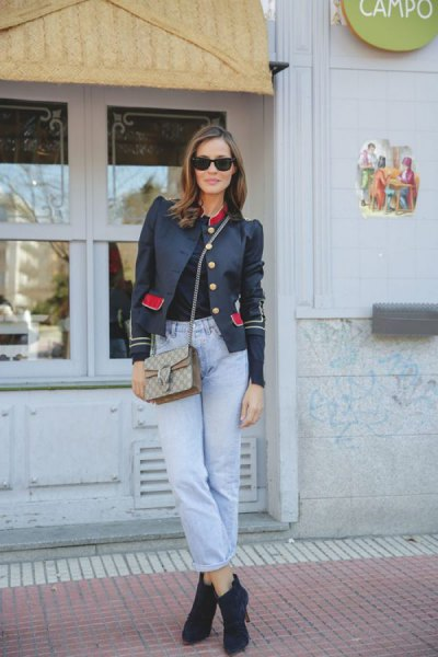 black puff shoulder blazer with mom jeans