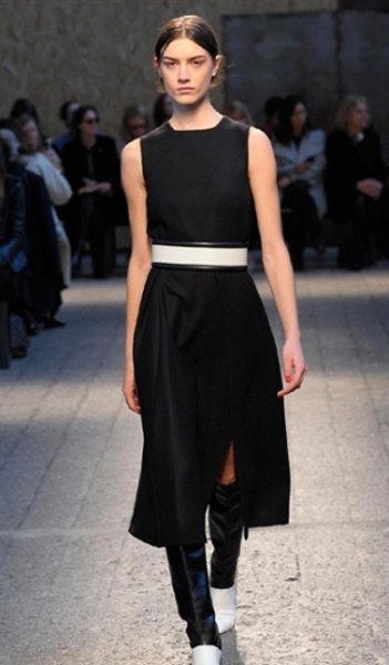 black sleeveless midi shift dress with white wide belt