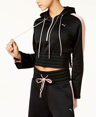 cropped black hoodie with matching jogger pants
