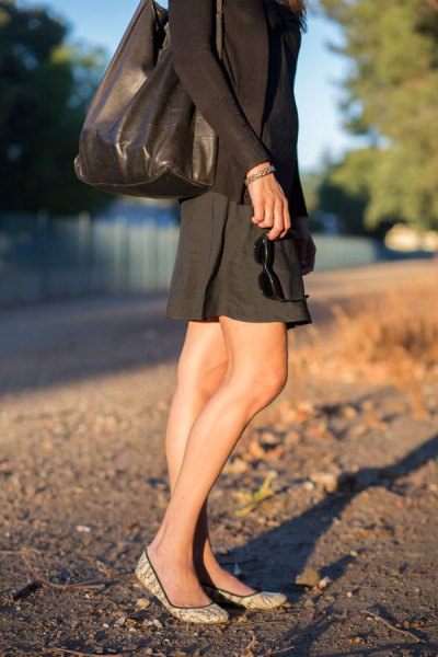 long sleeve shift sundress with black leather purse