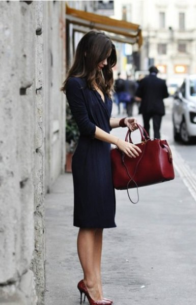 navy half sleeve midi wrap dress with brown leather purse