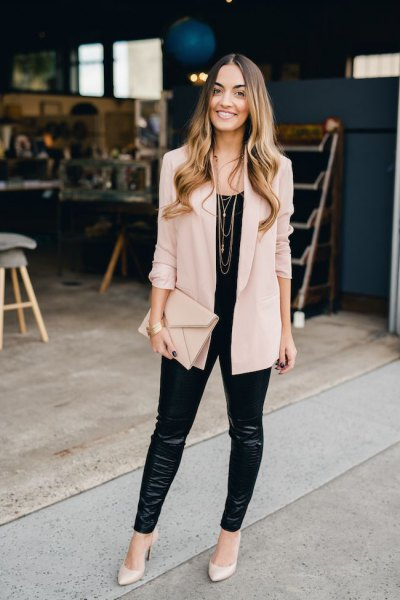 pale pink boyfriend blazer with black leather leggings