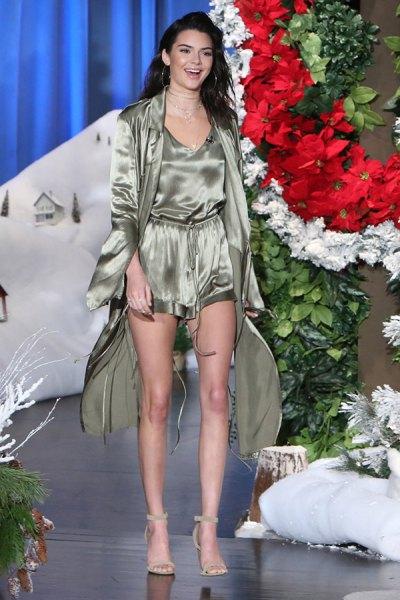 rose gold camisole with mini shorts and kimono