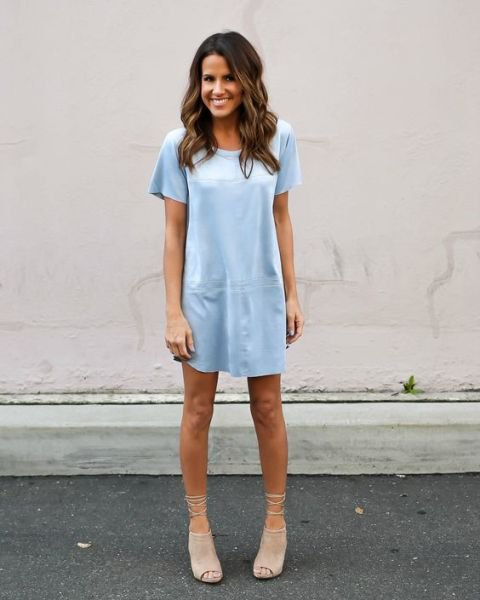t shirt dress with pale pink open toe suede short boots