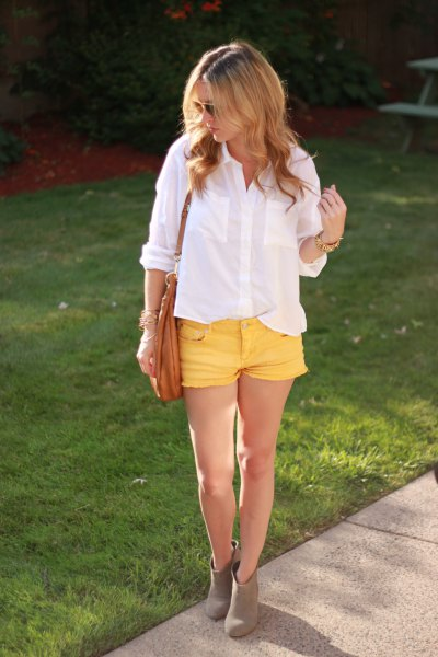 white button up shirt with yellow denim mini shorts