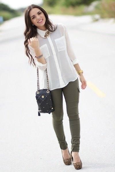white chiffon button up shirt with olive green skinny jeans