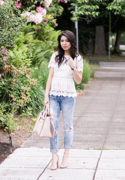 white scalloped hem lace peplum top with cuffed boyfriend jeans