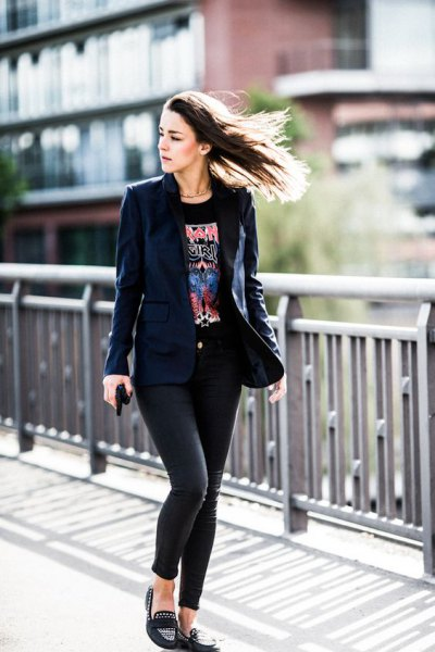 navy blazer with black print tee and loafers