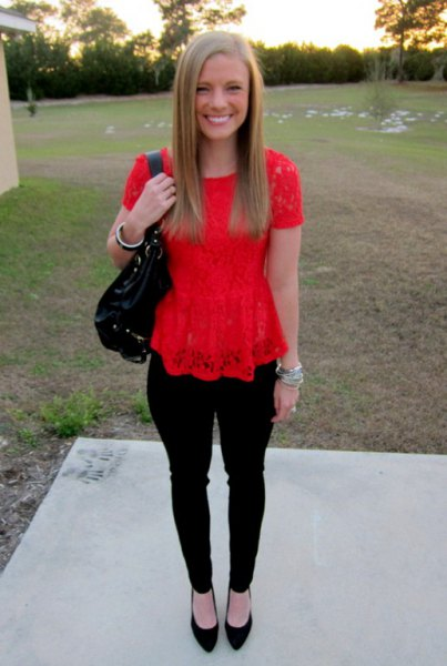 red lace top with black skinny jeans