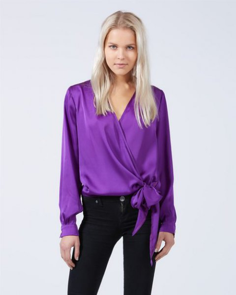 silk knotted wrap top with black skinny jeans