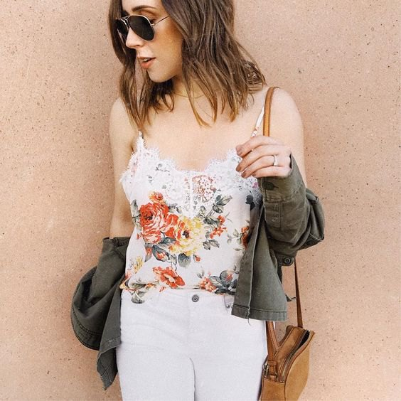 white floral embroidered lace tank top with skinny jeans