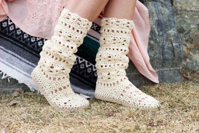 white linen boho swing dress with crochet knit sweater boots
