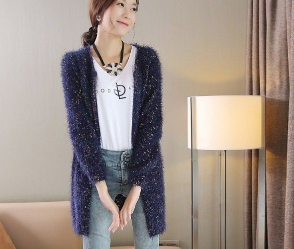5fcb3245df 15 Amazing Navy Blue Cardigan Sweater Outfit Ideas for Women - FMag.com