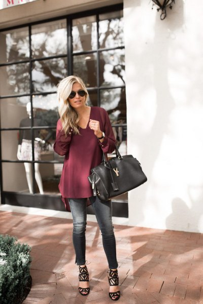 burgundy v neck tunic blouse with cropped skinny jeans