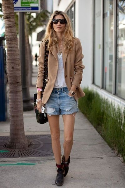 camel blazer jacket with white v neck top and denim shorts