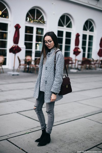 grey cocoon coat with matching ripped skinny jeans and suede boots