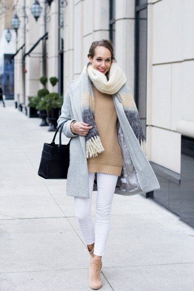light grey cocoon coat with blush pink sweater and white cropped jeans