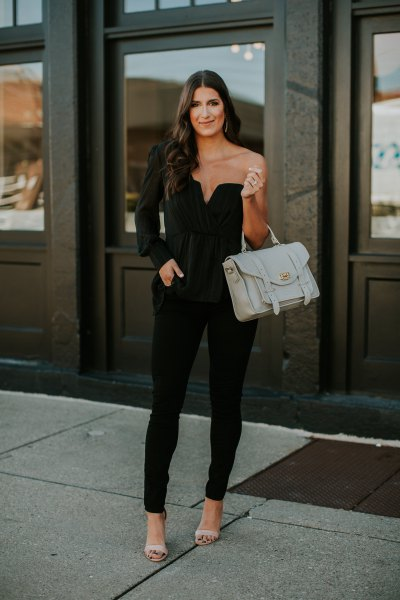 one sleeve sweetheart black top with matching skinny jeans