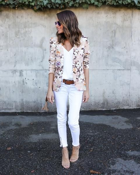 pink blazer with v neck white top and matching cropped jeans