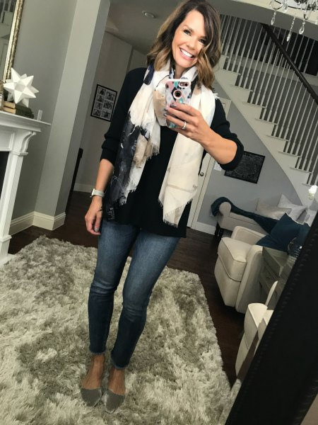 black button up shirt with white scarf and rose gold velvet flats