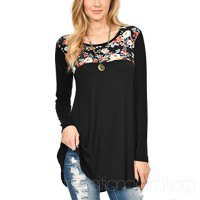 black floral printed tunic top with ribbed skinny jeans