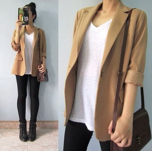 casual blazer with white v neck relaxed fit tee and black skinny jeans
