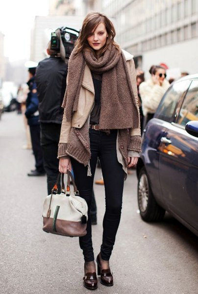 grey knit scarf with pale pink leather jacket and black loafers