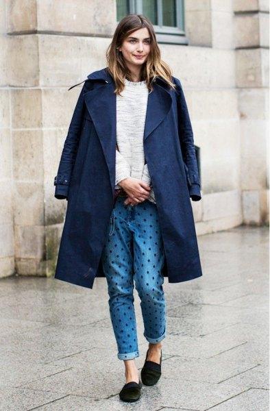 navy blue longline blazer with polka dot jeans