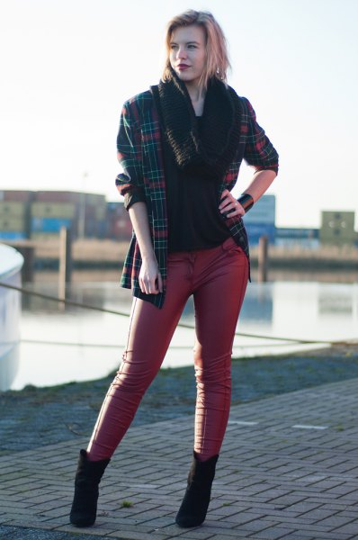 plaid oversized blazer with black top and skinny leather pants