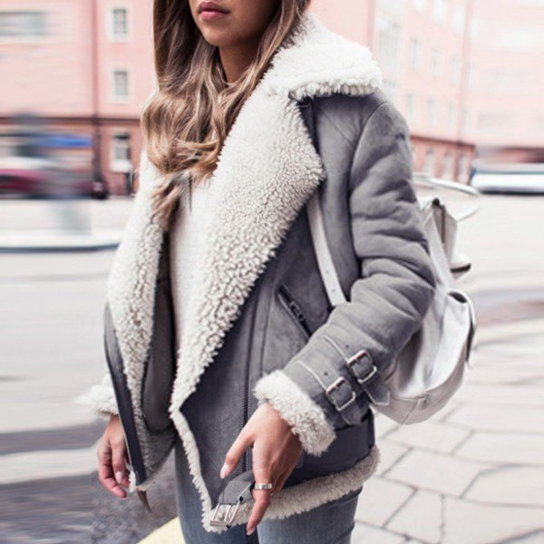 white faux fur collar suede biker jacket with skinny jeans