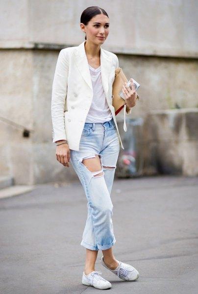 white oversized blazer with light blue cuffed boyfriend jeans