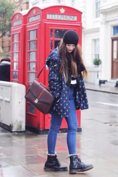 dark blue printed jacket with black leather ankle boots