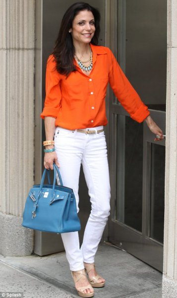 white slim fit jeans and silver statement necklace