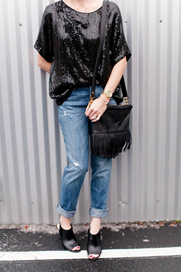 aaac4c67683fb How to Wear Black Sequin Top: Best 13 Shiny & Attractive Outfit Ideas