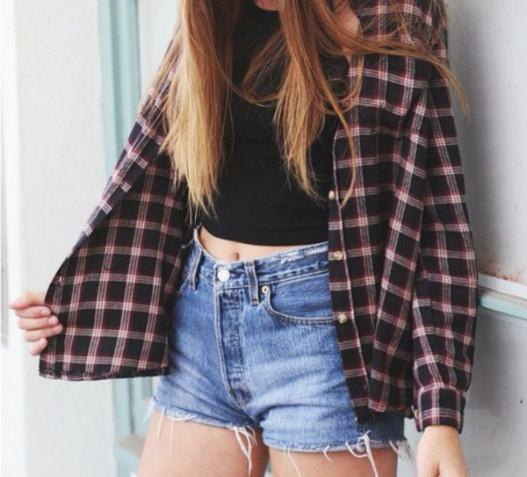 black and white plaid button up shirt with crop top and denim shorts