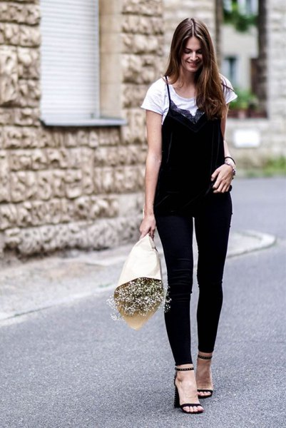 diy black and white top with skinny ankle jeans