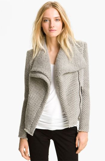 light grey knit blazer with white fitted top and black skinny jeans