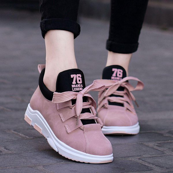 c7823e449a7 How to Wear Comfortable Walking Shoes  Best 13 Outfit Ideas for ...